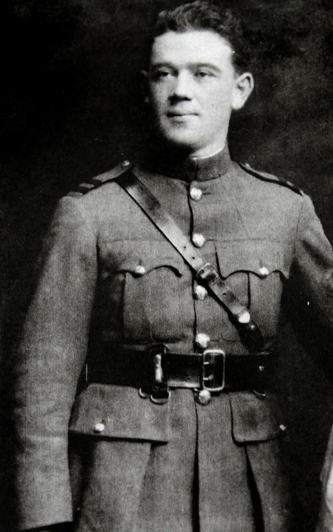 commandant-edmund-breslin