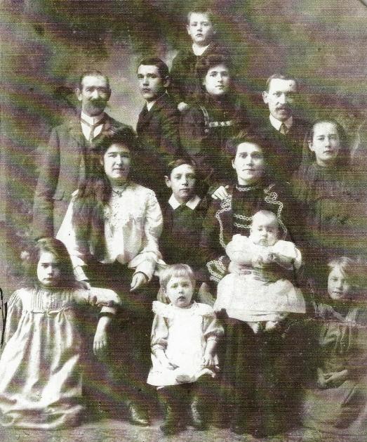 Finlayson Family(r1)